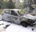 В Туле под утро загорелись два автомобиля
