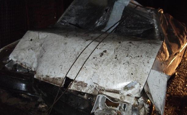 Под Тулой лишенный прав водитель улетел на легковушке в кювет