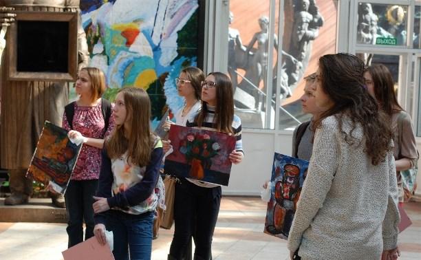 Юные тульские художники побывали в гостях у Зураба Церетели
