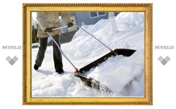 В Туле проверили качество уборки снега на остановках
