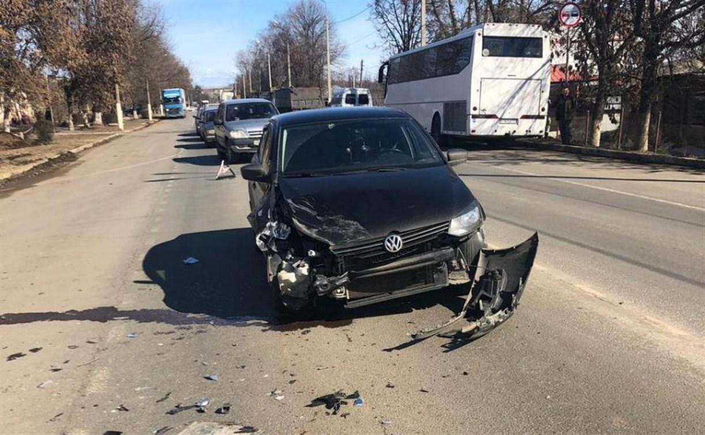 В Плавске «МАЗ» сбил подростка и спровоцировал массовое ДТП