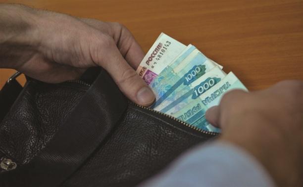 Гражданин Киргизии дал взятку, чтобы остаться в России