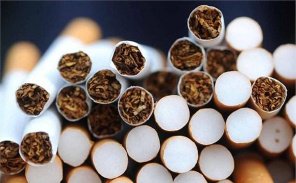 В России задумались о запрете ввоза табака и алкоголя из Европы и США