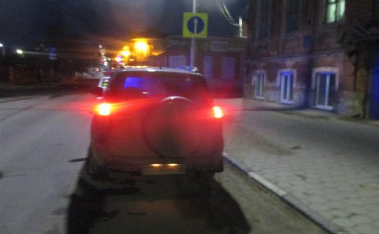 В Туле «Тойота», сдавая назад, сбила женщину