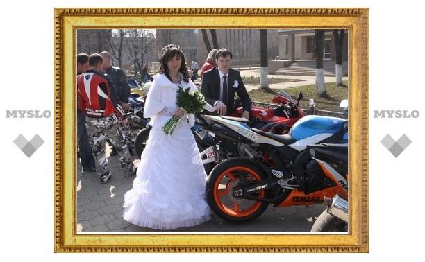 В Туле состоялась байкерская свадьба