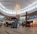 Посещаемость торговых центров перед Новым годом снизилась на 20%