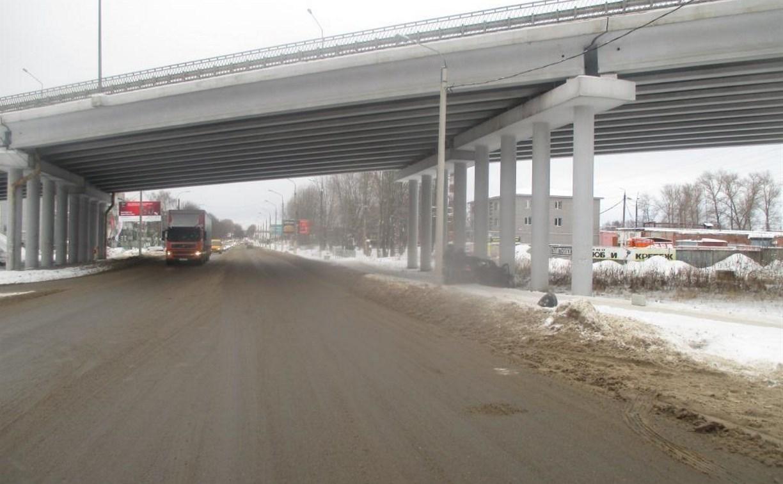 В Новомосковске в аварии погиб мужчина