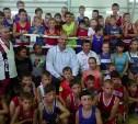 Николай Валуев провел мастер-класс по боксу в Туле