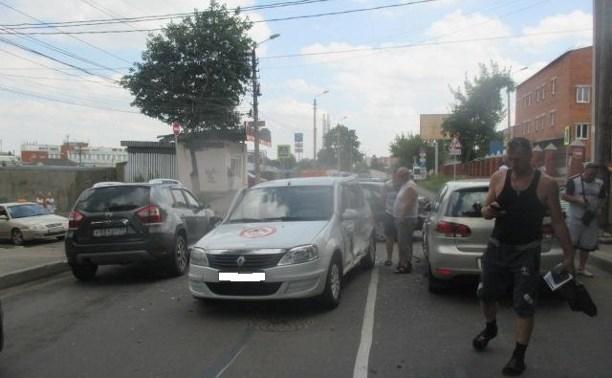 В аварии в центре Тулы пострадали четыре человека, в том числе ребенок