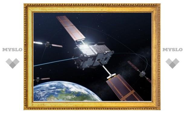 """""""Союз"""" отправил на орбиту еще два спутника системы Galileo"""