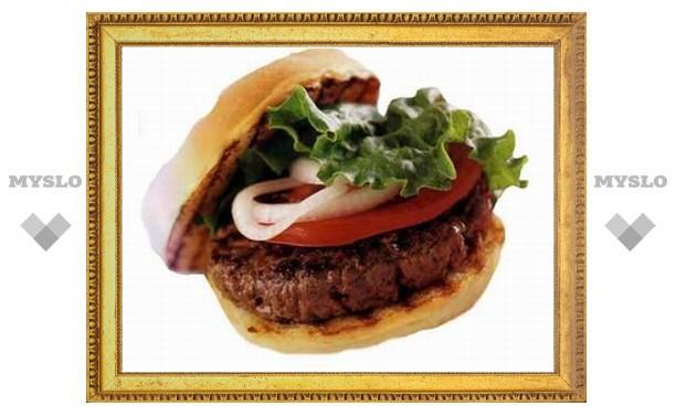 Турист получил 750 тысяч фунтов за отравление гамбургером