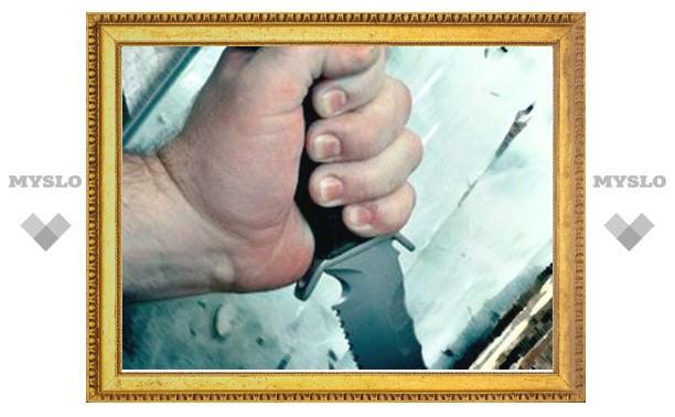 Под Тулой разбойник с ножом ворвался в чужой дом и потребовал еду