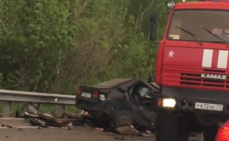 В страшном ДТП в Новомосковске погибли два человека