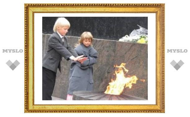 Юные туляки спасают воинские мемориалы