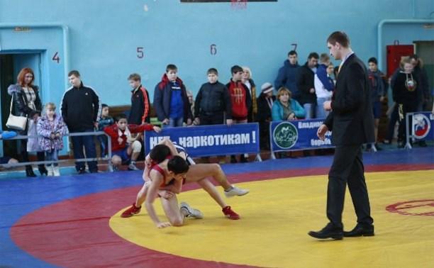 Тульские борцы привезли 5 медалей с «Кубка Суворова»