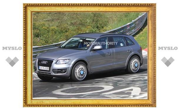 Компания Audi начала испытания нового кроссовера