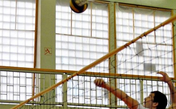 В Туле волейболисты-любители проведут очередной тур в воскресенье
