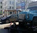 «Тулгорводоканал» откачивает воду из канализации на проспекте Ленина