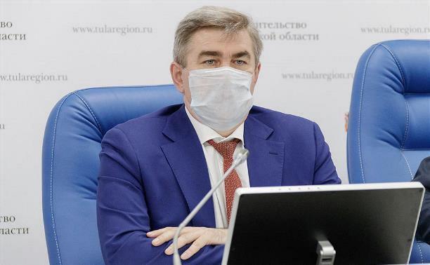Очаги коронавируса выявлены в 11 образовательных учреждениях и на 17 предприятиях Тульской области