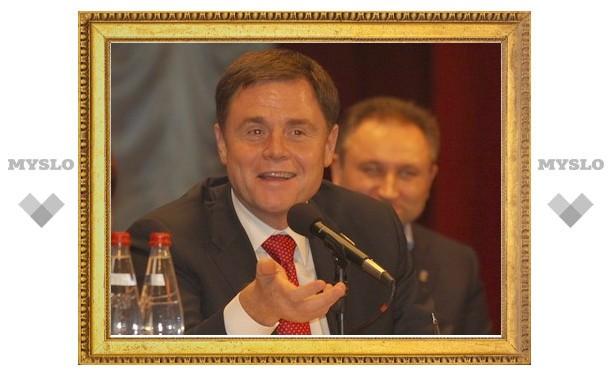 Владимир Груздев пообещал пенсионерам «Айфоны» и планшеты