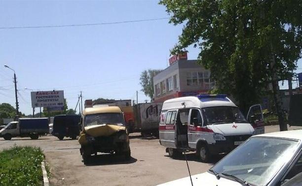 """На Новомосковском шоссе разбилась """"Газель"""""""