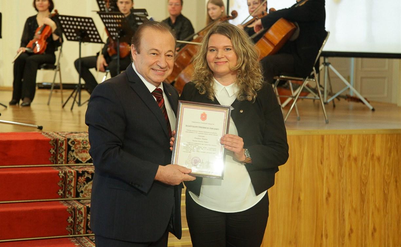 В Туле поздравили учителей и воспитателей