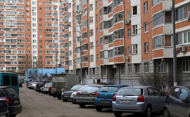 В Туле предложили сократить количество парковочных мест возле жилых домов
