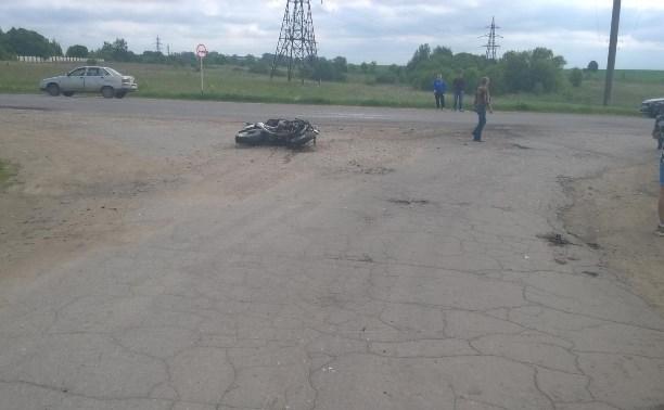 Мотоциклист, разбившийся под Киреевском, не имел водительского удостоверения