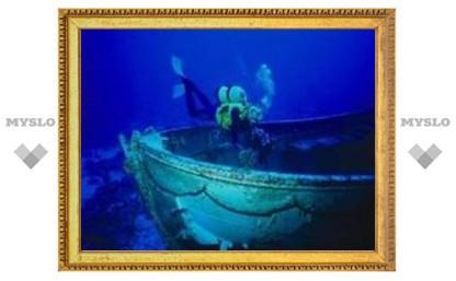 Туляки обнаружили затонувшую яхту