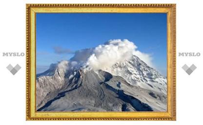 Авиасообщение на Камчатке оказалось под угрозой из-за вулкана