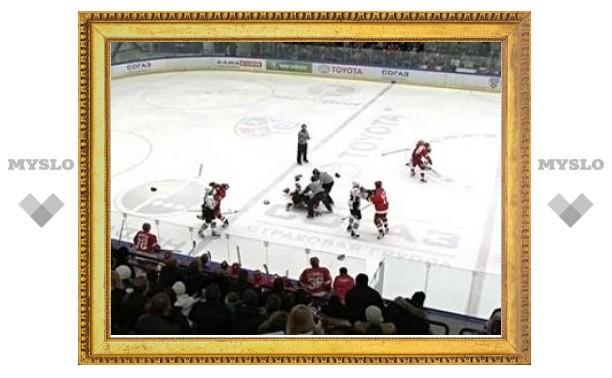 """КХЛ пересчитала штрафное время """"Витязя"""" и """"Авангарда"""""""