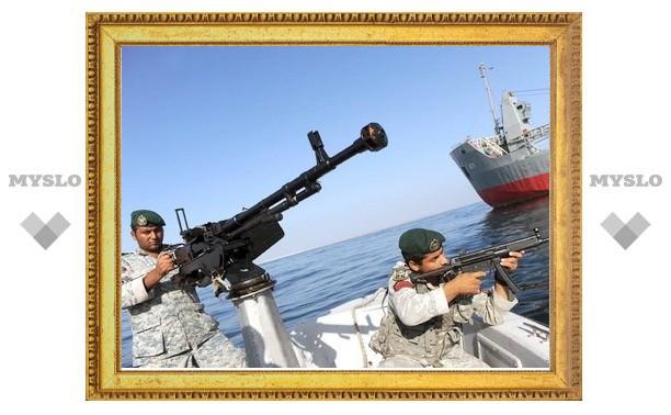 Иран повторил угрозу перекрыть Ормузский пролив