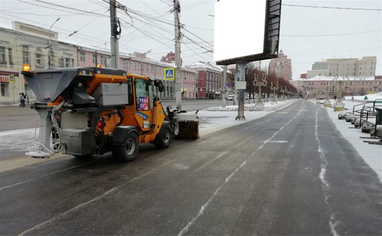 1 января улицы города убирают 82 единицы спецтехники