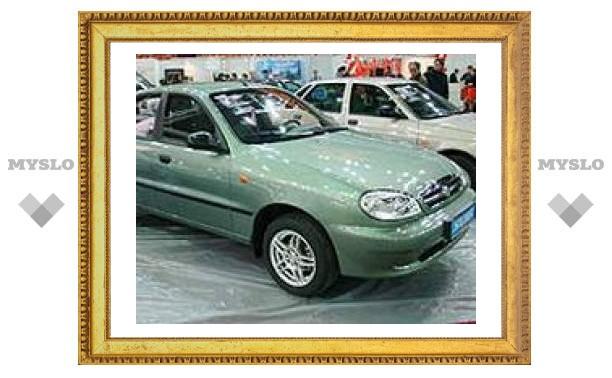 """Сложный выбор российского автолюбителя: """"Запорожец"""" за 8460 долларов или Lada за 10 тыс. 840"""