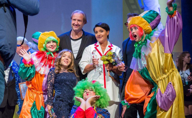 Итоги фестиваля «Улыбнись, Россия!» в Туле: лучшей комедией года стала «Ночная смена»