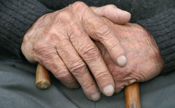 В Дубенском доме престарелых пенсионер пытался покончить с собой