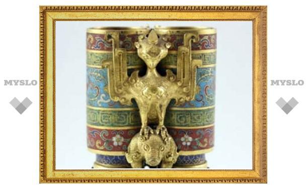 Китайскую вазу XVIII века продали в 608 раз дороже эстимейта