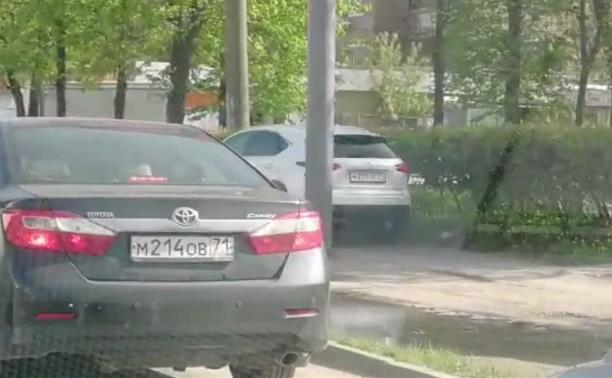 «Накажи автохама»: в Туле Lexus прикинулся пешеходом
