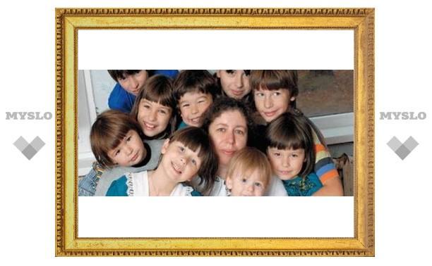 Для многодетных матерей устроят праздник