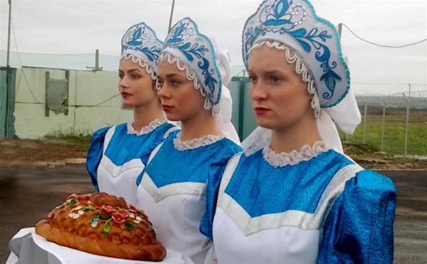 Министра сельского хозяйства РФ встретили в Тульской области хлебом-солью