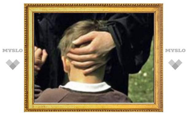 В Северо-Задонске орудует педофил