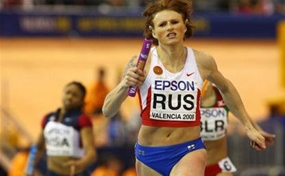 Тульские легкоатлеты получили призы от Олеси Зыкиной