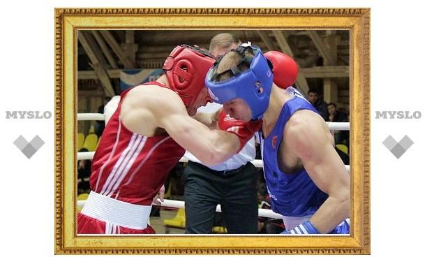 Тульские боксеры завоевали 8 золотых медалей на «Гран-при» Тулы