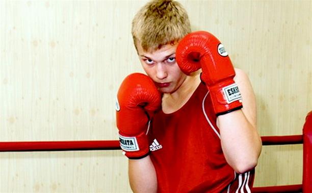 Тульский боксер проиграл в первом бою Всероссийского турнира