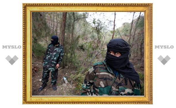 Сирийские повстанцы сожгли три БМП с солдатами