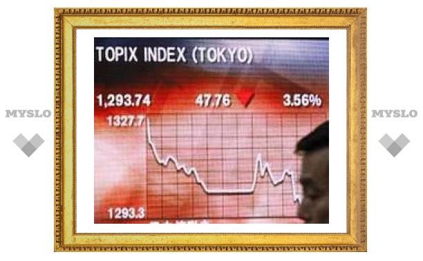 Nkkei вернулся к отметкам сентября 2005 года, упав на 5%
