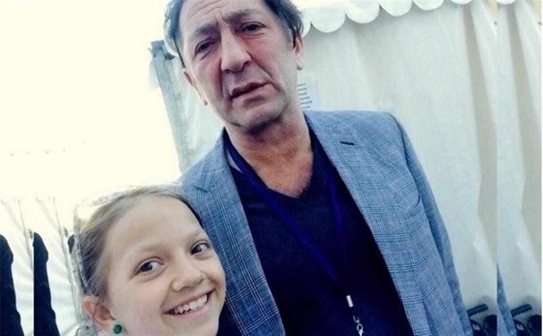 Лейла Бузовкина из Ясногорска спела с Григорием Лепсом на Красной площади