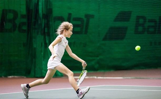 Определились первые победители на новогоднем турнире по теннису