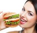Депутаты Госдумы хотят ограничить рекламу вредных продуктов питания