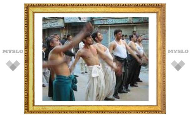 За два дня шиитских религиозных церемоний в Ираке погибли 82 человек